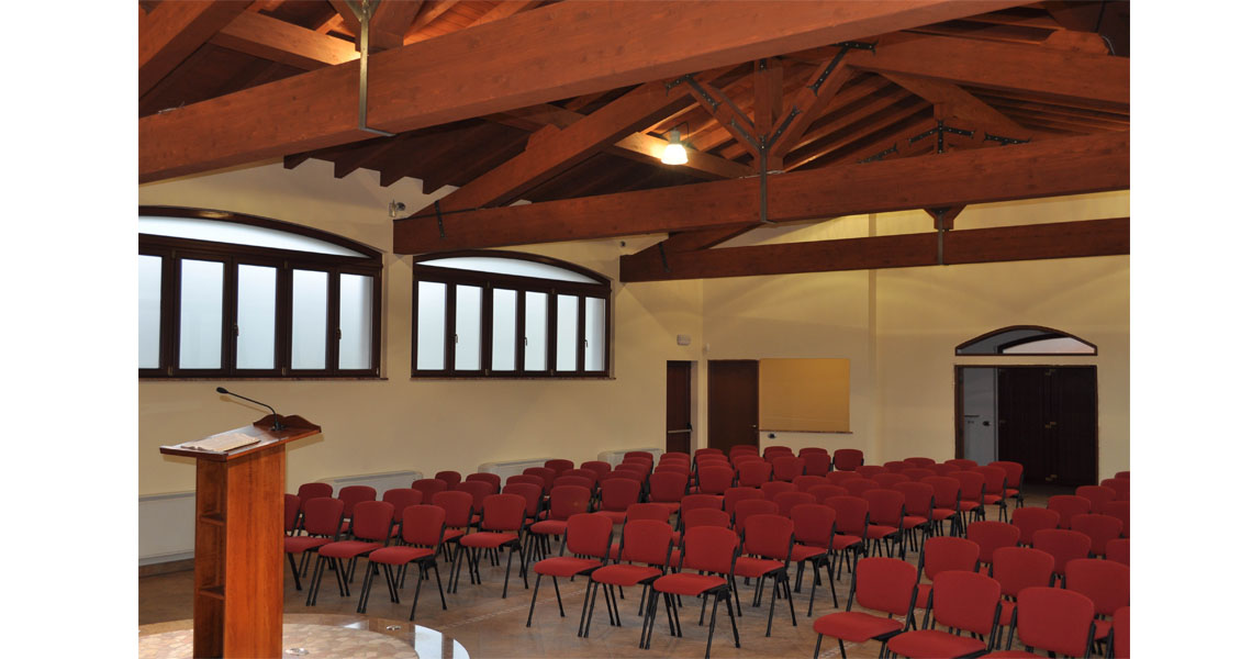 Modern Design Seating Solutions For Churches And Cathedrals Leyform