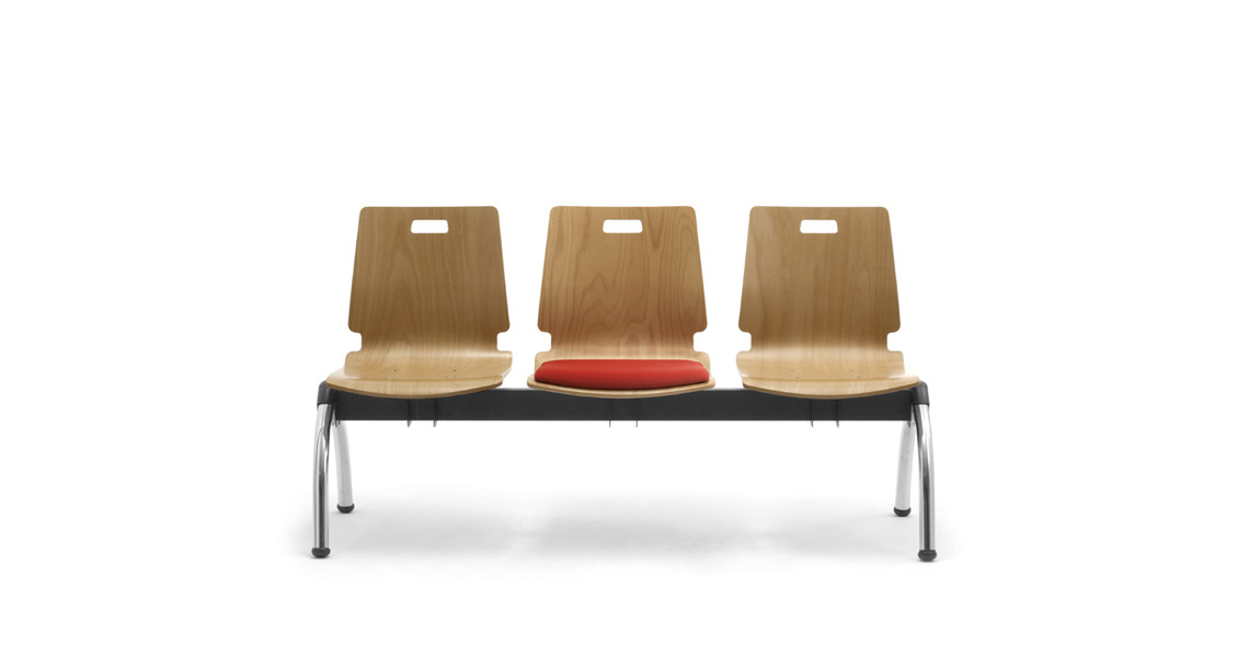 Waiting area benches with wooden seat leyform for Sedie reception