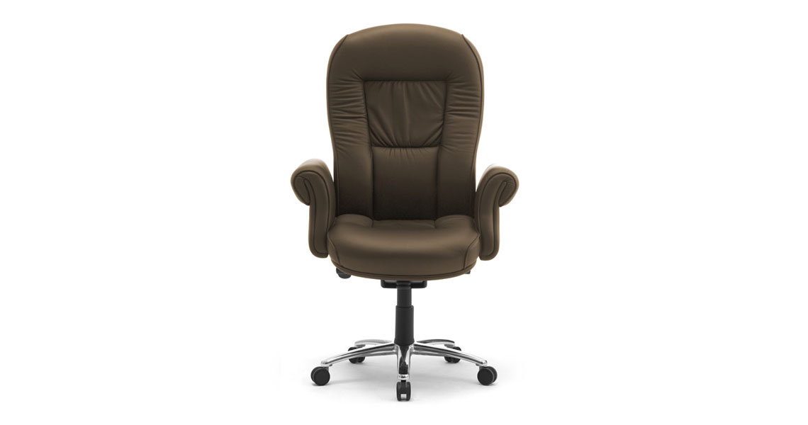 classic office chair. executiveclassicofficechairswupholsteredarmsdoge classic office chair