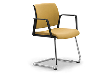 Armchairs with sled base for office lobby, entrance hall, waiting area and reception Wiki Relax