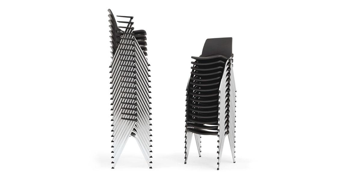 Sedie impilabili per conferenze e sale polivalenti - Leyform