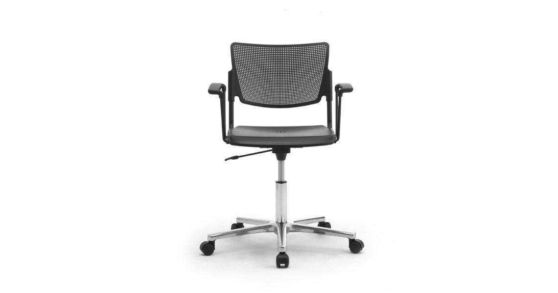 Sedia ufficio operativa con ruote leyform for Fisico sedia a rotelle