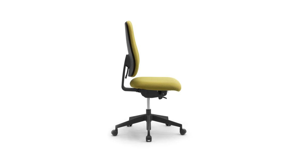 Sedie A Norma Per Ufficio.Sedia Ufficio Pc Da Lavoro A Norma D Lgs 81 2008 Leyform