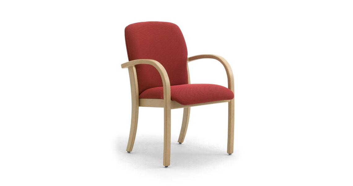 Sedie in legno e poltrone per anziani, case riposo ...