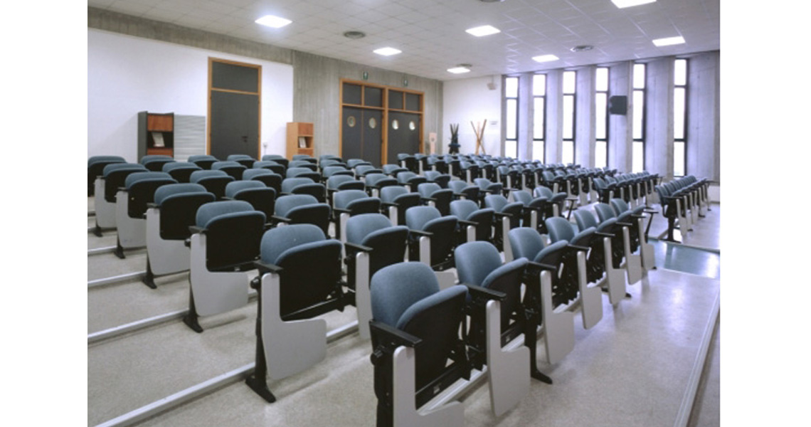 Theatre And Lecture Hall Aluminum Bench Seating With