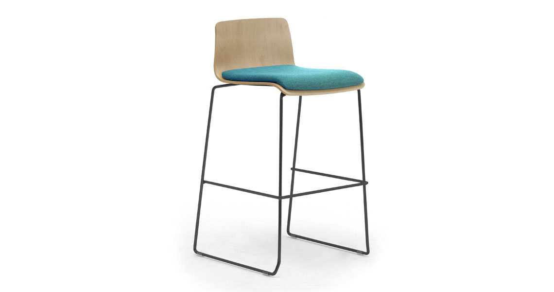 Picture of: Modern Wooden Bar Stool With Padded Seats Leyform