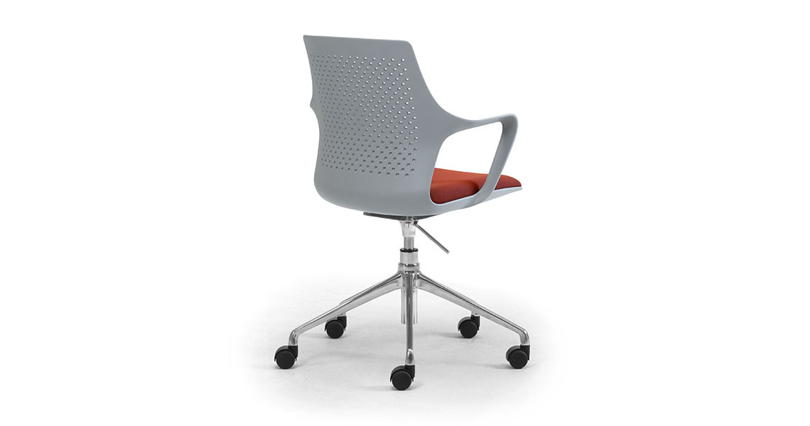 Fantastic Chairs For Meeting And Conference Table Leyform Creativecarmelina Interior Chair Design Creativecarmelinacom